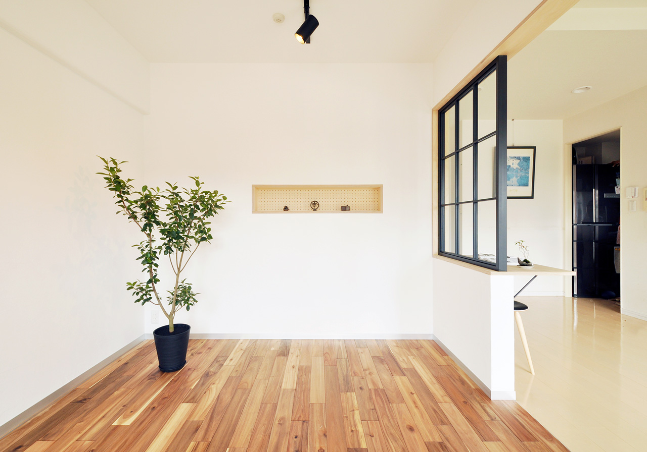 Flat Renovation by Suikaka