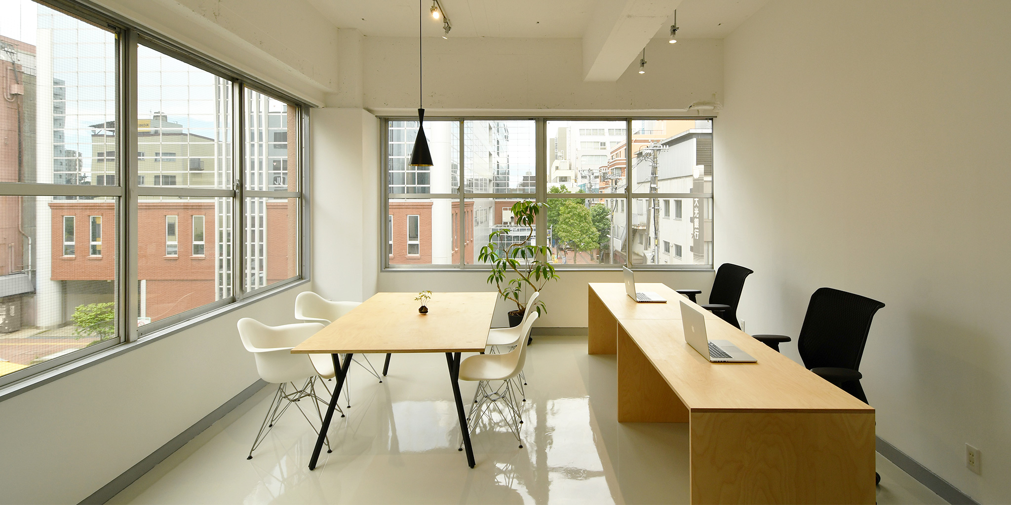 Office Renovation by Suikaka