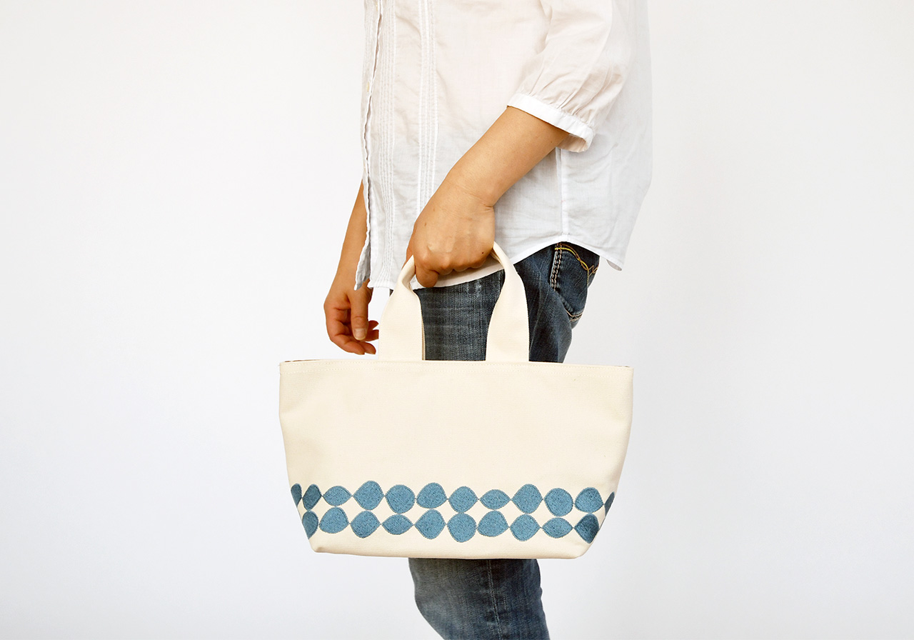 Hand Bag by Tsukano Embroidery